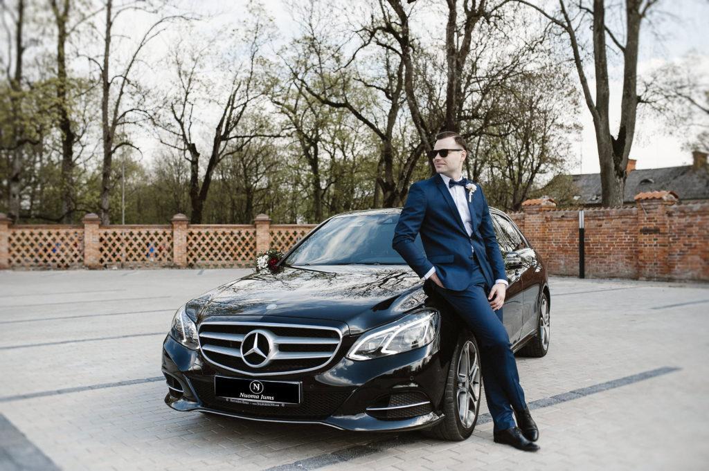 Automobiliu nuoma vestuvems be streso