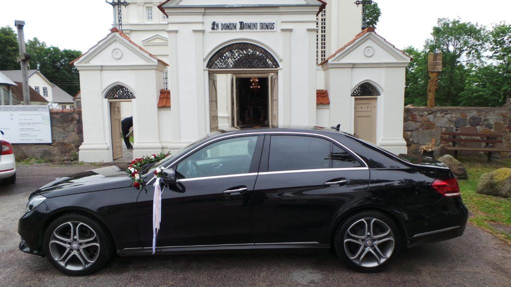 Automobilių papuošimai jūsų šventėms ir vestuvėms