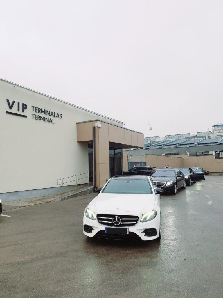 Prabangių automobilių nuoma vip terminalas