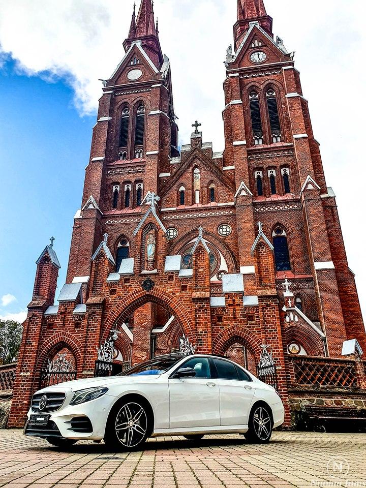 Prabangių automobilių nuoma baltas mercedes
