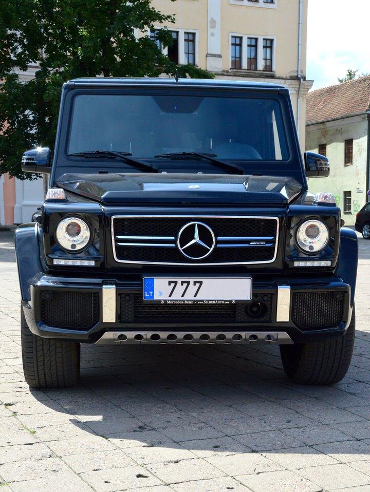 Mercedes-Benz G (geliko) nuoma juodas