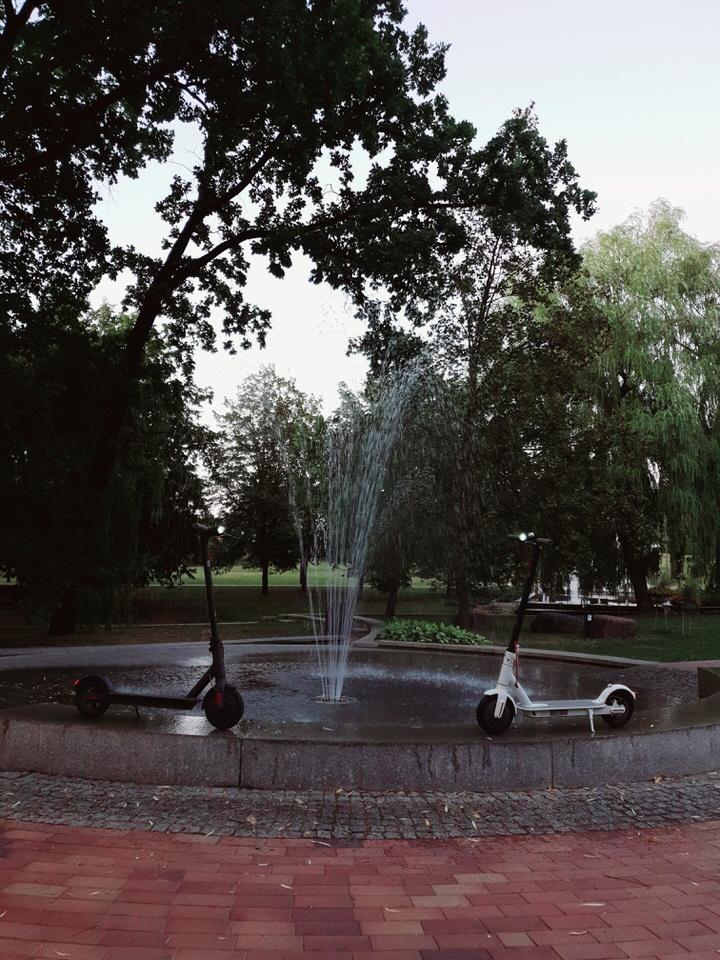 Elektrinių paspirtukų nuomaprie fontano kaune